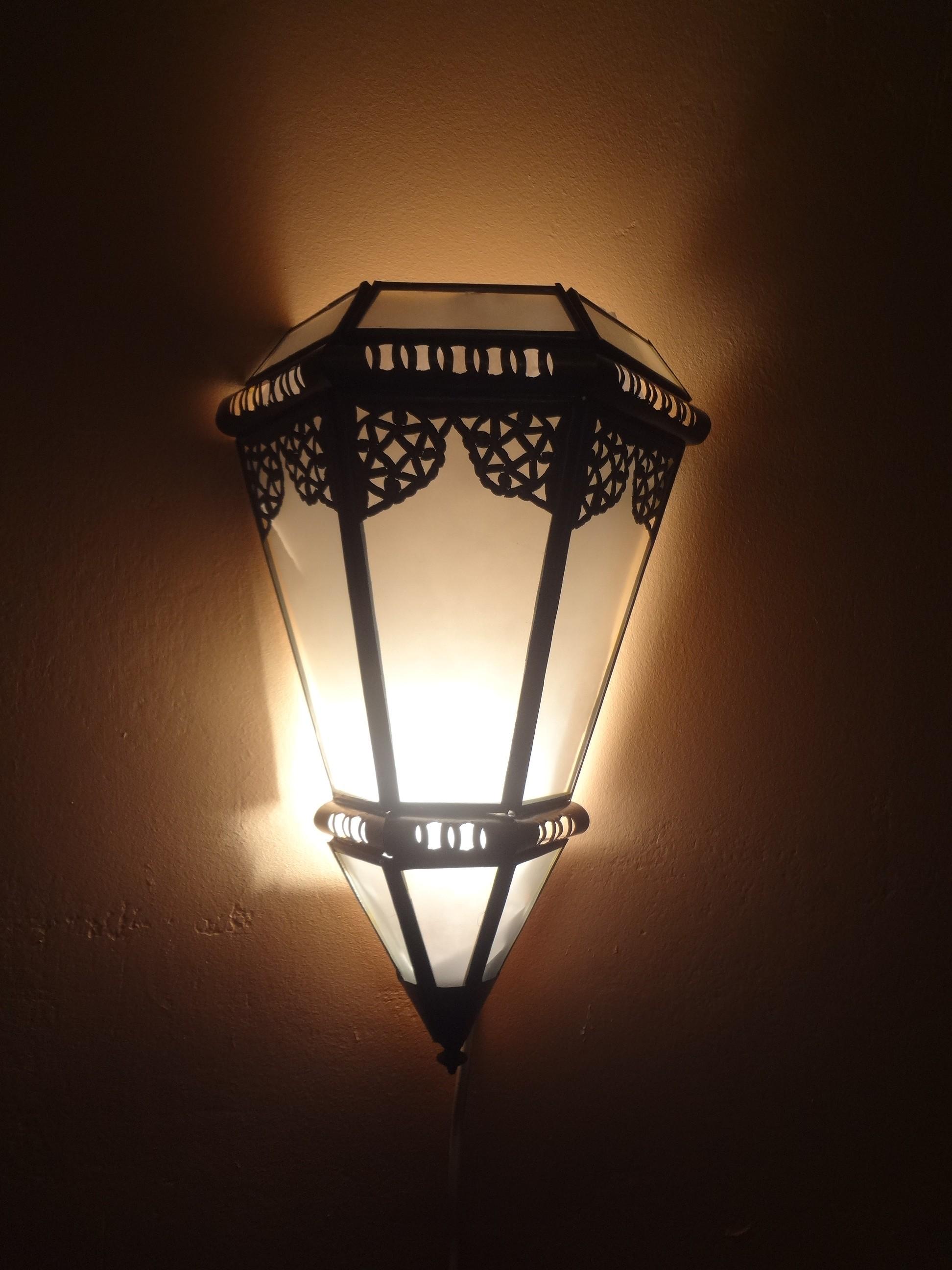 Wandlampe mit Glas, Silber